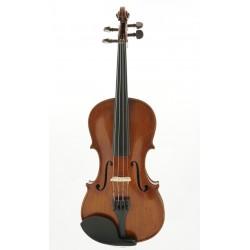 violin, labeled Alberto...